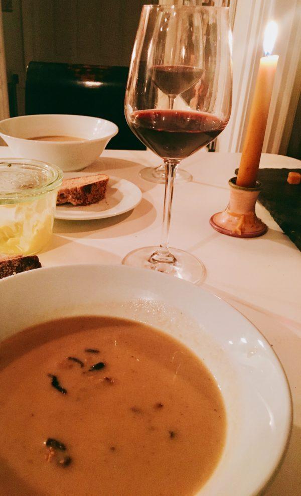 mushroom soup, veggie soup, vegan mushroom soup